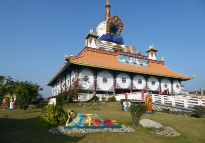 reclining-mahadevi-at-the-golden-lotus-stupa
